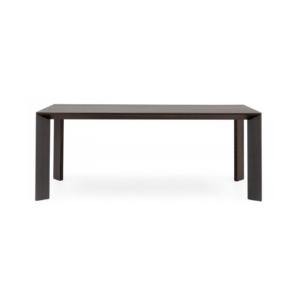 Bàn Gill table Woodpro được sản xuất bằng gỗ tự nhiên