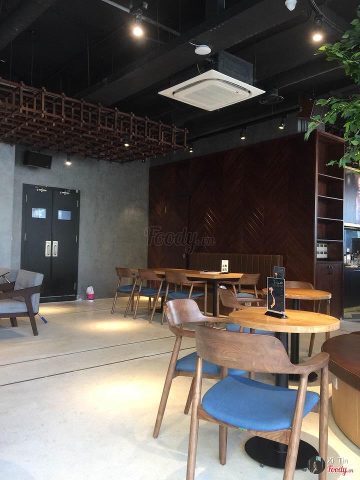 ghế cafe gỗ đẹp hiện đại